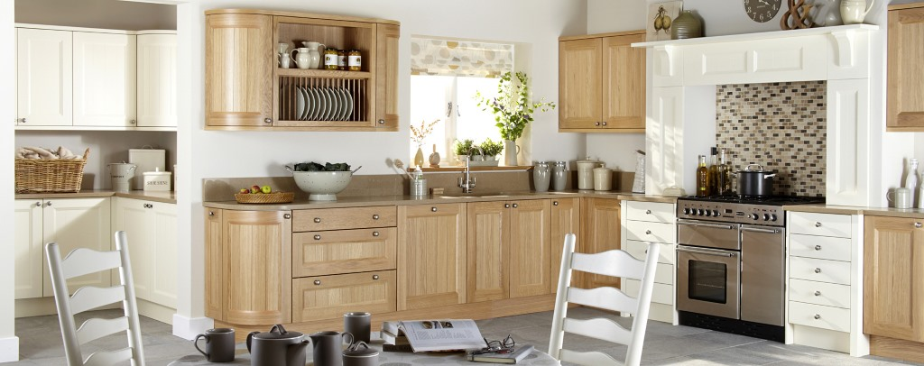 Kemble natural oak kitchen