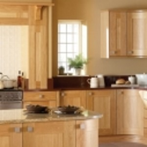 Lansdowne Natural Oak shaker kitchen