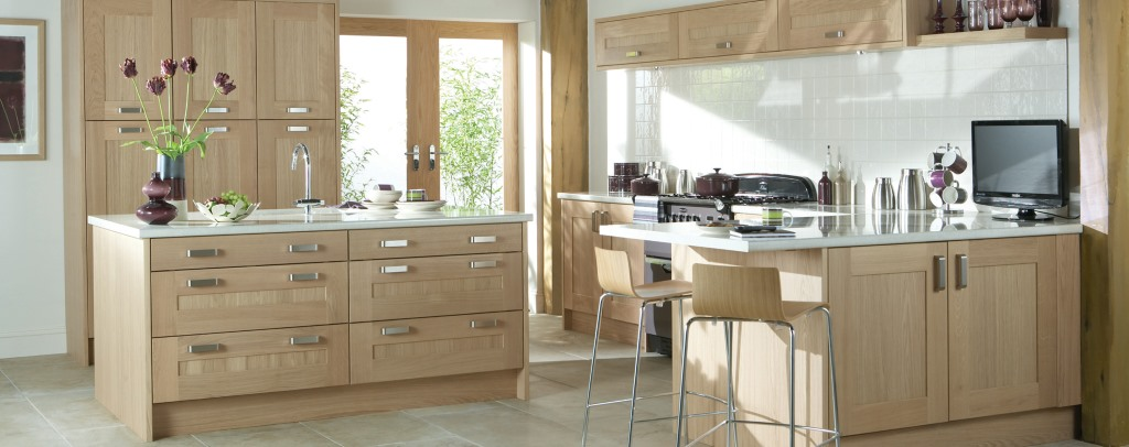 Lansdowne washed oak shaker kitchen