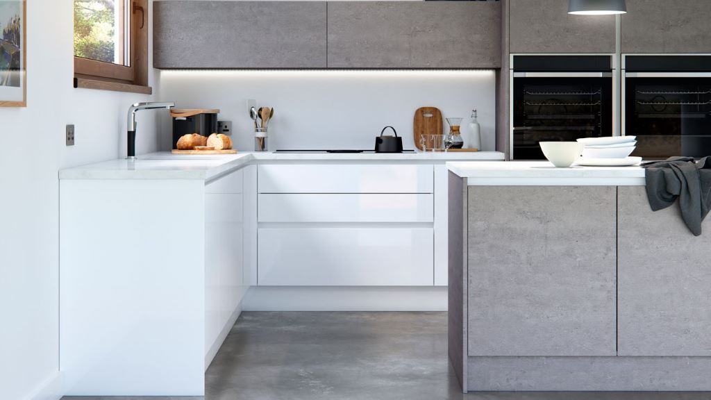 Cosdon white gloss kitchen