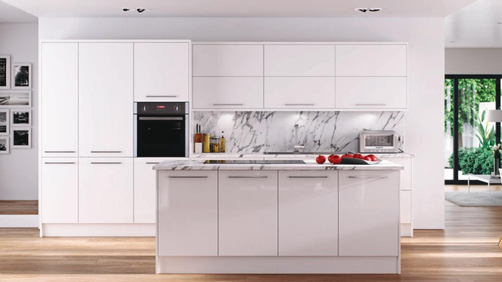 Hameldown white gloss kitchen