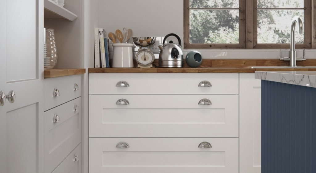 Hartside alpine white shaker kitchen
