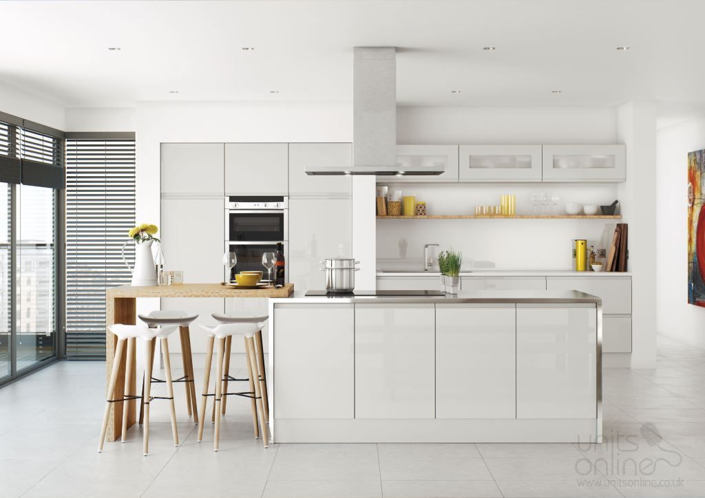 Lucente gloss light grey handleless kitchen