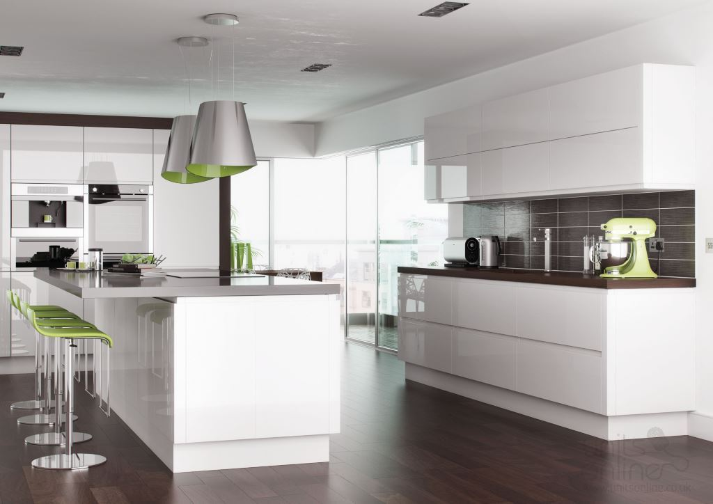 Lucente gloss white handleless kitchen