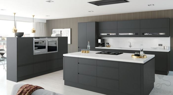 Moda matt anthracite handleless kitchen