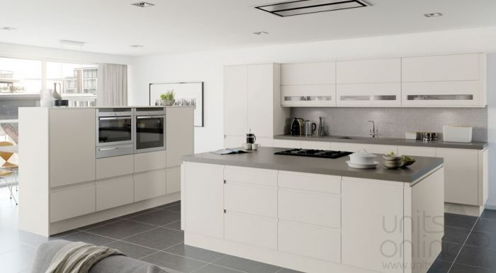 Moda matt platinum handleless kitchen