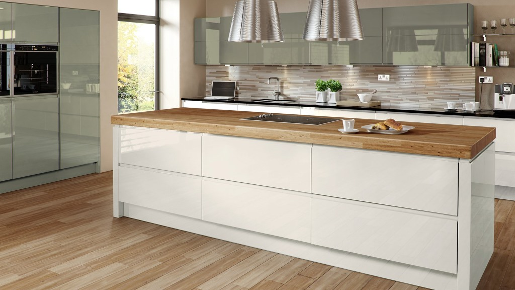 Welford gloss kitchens from Multiwood