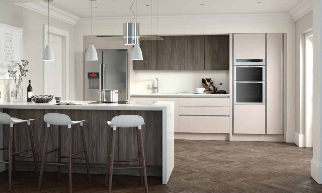 Feature slab kitchen graphite oak