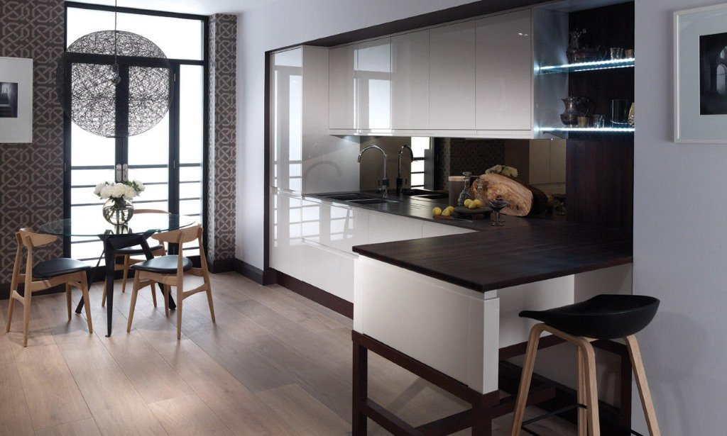 Remo matt cashmere handleless kitchen from Second Nature