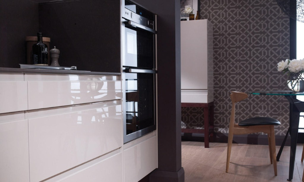 Remo gloss kitchens from Second Nature