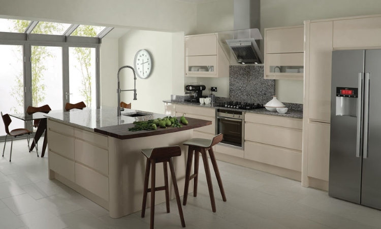 Second Nature kitchens - Remo beige