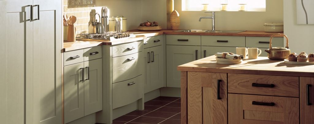 Lansdowne shaker kitchens from Burbidge